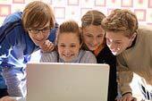 Los jóvenes e internet
