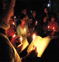 La Navidad y sus Tradiciones:  Las Posadas